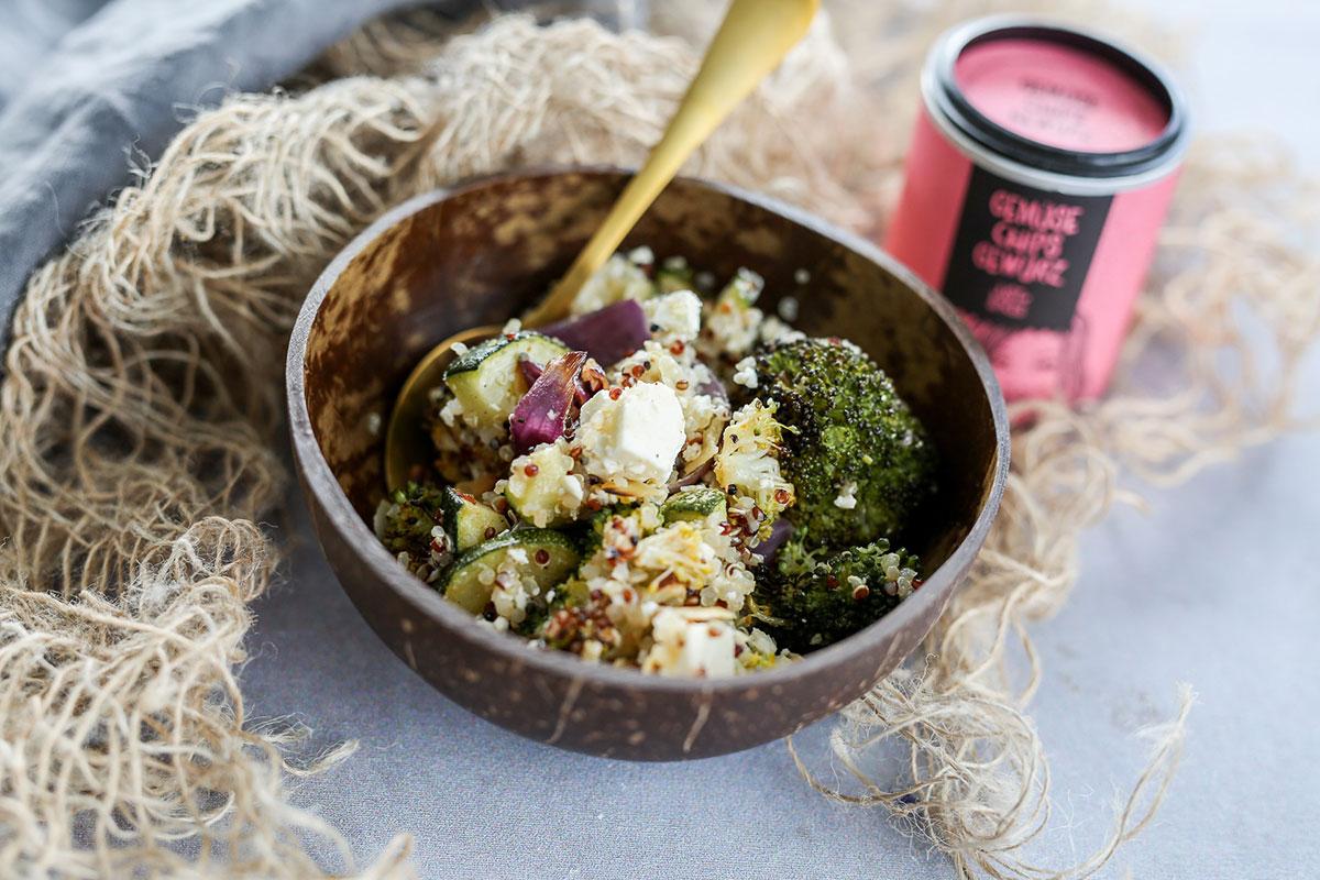 Grüne Quinoa Bowl